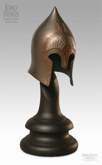 child-Citadel_guard_helm_of_Pippin_2074_2500